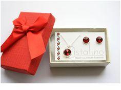75 LEI   Seturi handmade   Cumpara online cu livrare nationala, din . Mai multe Bijuterii in magazinul Cristalino pe Breslo.
