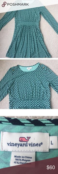 Adorable Vineyard vines stripped dress Super cute and comfortable mint colored long sleeve Vineyard Vines dress. Not available to ship until Feb 8. Feel free to make me an offer 😊 Vineyard Vines Dresses Long Sleeve