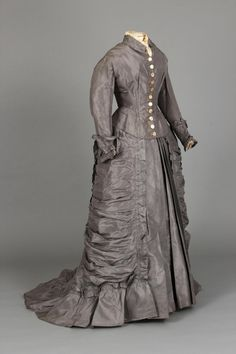 Wedding dress, 1875; Chester County Historical Society 1989.820AB