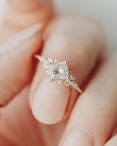 Moissanite engagement ring Vintage engagement ring set Diamond wedding band art deco Antique bridal set Flower Anniversary gift for women - Fine Jewelry Ideas Dream Engagement Rings, Vintage Engagement Rings, Vintage Rings, Halo Engagement, Simple Elegant Engagement Rings, Indian Engagement Ring, Inexpensive Engagement Rings, Most Beautiful Engagement Rings, Simple Solitaire