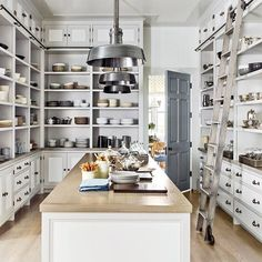 Feeling productive this weekend? Attack your pantry with stylish organization ideas from the pages of AD, like this marvel in kitchen display and tidiness designed by @stevengambrel. Get all the creative storage solutions through the #linkinbio Photo by @ericpiasecki