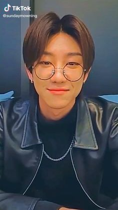 Film Aesthetic, Aesthetic Videos, Woozi, Jeonghan, Do I Like Him, Seventeen Minghao, Just Video, Seventeen Album, Pop Photos