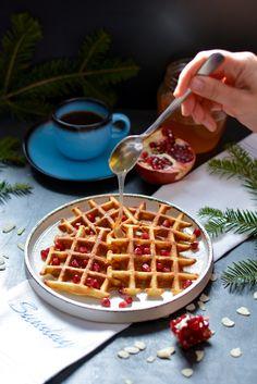 Waffles - Fantezie in Bucatarie Waffles, Breakfast, Food, Morning Coffee, Essen, Waffle, Meals, Yemek, Eten