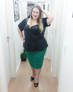 Carol do blog Lady Fofa com a saia M1145 da Primavera Mirasul  Conheça mais em: http://mirasul.com.br/site/