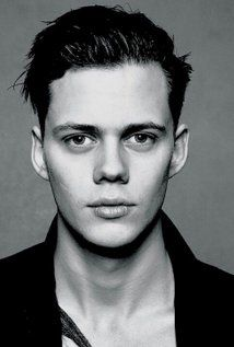 Happy b. Bill Skarsgård