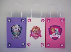 Make your own Paw Patrol Girls Favor Bags with these easy templates! Paw Patrol Birthday Girl, Girl Birthday, 4th Birthday Parties, Birthday Party Favors, Sky Paw Patrol, Paw Patrol Party Favors, Sky E, Fete Emma, Cumple Paw Patrol