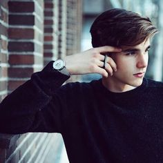 Read Alvaro Mel from the story Cast Wattpad by jaeffjae (pan) with reads. Portrait Photography Men, Photography Poses For Men, Portrait Poses, Best Poses For Men, Good Poses, Beautiful Men Faces, Beautiful Boys, Teenager Photography, Teenage Boy Fashion