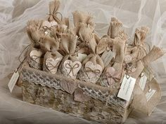 DIY rustic wedding favor ideas burlap sacks paper hearts tree basket