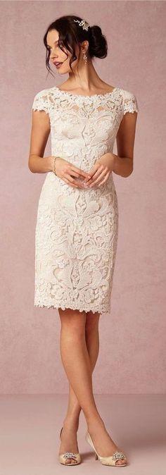 Short Wedding Dresses  :    Vestido de noiva para a cerimônia civil  - #Dress https://youfashion.net/wedding/dress/short-wedding-dresses-vestido-de-noiva-para-a-cerimonia-civil-2/