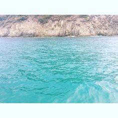 Sweet Home #Kalamitsi 💜 #HighVoltagePix.com #OnMyWay #Freedom #Love #Remember #LoveYourLife #beStraight #potd #Photography #Instaphoto #Photographer #MizzVanMunichPhotography #ImpressionsByNature #Vacation #HomeSweetHome #SummerTime #Sun #Waves #Ocean #Sea #Enjoy #Holiday #Greece #Sand #KalamitsiBeach #Chalkidiki #Halkidiki #Sithonia #BrightSideOfLive Halkidiki Greece, Bavaria Germany, Love Your Life, People Photography, Landscape Photography, Summertime, Freedom, Sweet Home, Waves