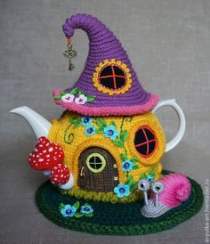 How cute is this Knitted Tea Cozy. It will look so beautiful on your kitchen table. We have lots of Free patterns for Tea Cozies in our post including a colourful Flower Garden version, so pick your favourites. We've also included a fantastic Granny Teapot Crochet Free Pattern!