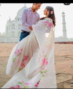 Organza Saree, Net Saree, Set Saree Kerala, Hand Painted Sarees, Elegant Saree, Saree Look, Pink Saree, Indian Sarees, Indian Dresses