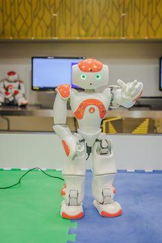 """Robot NAO wita się/ Robot NAO says """"hello"""""""