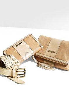Burberry Brit White accessories