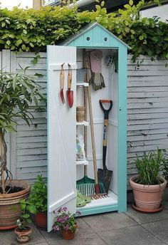 Billedresultat for nina ewald højbede Small Garden shed. Idea and Photo: Nina Ewald, www. Shed DIY - Jolie rangement pour le jardin. Now You Can Build ANY Shed In A Weekend Even If You've Zero Woodworking Experience! 3 Impressive Tricks Can Change Your L Outdoor Projects, Garden Projects, Garden Tools, Garden Sheds, Small Garden Tool Shed, Outdoor Decor, Planting Tools, Outdoor Living, Garden Shed Interiors