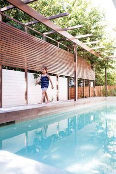 Image 12 of 34 from gallery of Sunshine Beach Pool House / Bark Design Architects. Photograph by Christopher Frederick Jones Oberirdische Pools, Cool Pools, Swimming Pools, Courtyard Pool, Rooftop Garden, Strand Pool, Screened Pool, Pool Shade, Pool Cabana