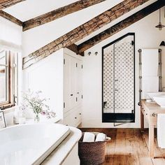 I will be thinking of soaking in this bath tub and burning my lavender candle all day.