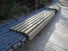 Stormwater management. Drainage gabion bench. Gran Capitán Gardens, Barcelona | Sistemas de drenaje urbano sostenible. Banco de gavión drenante. Jardines del Gran Capitán, Barcelona. | Quincunx.es