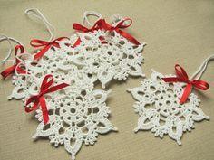 Crochet snowflakes Christmas home decors Christmas ornaments Wedding decors appliques (set of 6)
