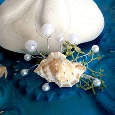 Natural sea shell and faux pearl mermaid hair accessory