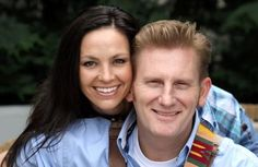 Joey and Rory cancer | After five long weeks of chemo and radiation, Joey Feek of Joey + Rory ...