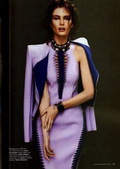 Интересные модели из кожи / Кожа / ВТОРАЯ УЛИЦА Purple Fashion, Fashion Colours, Colorful Fashion, Look Fashion, Fashion Details, Unique Fashion, Runway Fashion, High Fashion, Womens Fashion