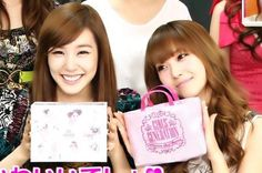 SNSD Tiffany and Jessica