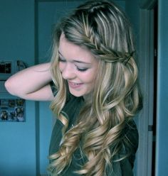 Cute and Easy Hairstyles For Medium Hair Simple enough that I think I might even be able to do it.