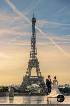 France Paris, Provence and Germany Prewedding photoshoot We have embarked on our Europe World Tour starting with the city of Love – Paris, France.   Tour Eiffel   Constructed over more than a century ago in 1889, the Eiffel Tower is one of the most recognised landmark in the world. No prewedding photoshoot in France …