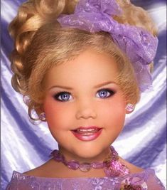 Toddlers and Tiaras Eden Wood Glitz Pageant, Pageant Makeup, Pageant Girls, Beauty Pageant, Toddler Pageant, Toddler Girl, Toddlers And Tiaras, Beautiful Children, Beautiful Babies