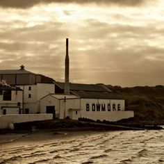 BOWMORE CELEBRATES THE PAST 50 YEARS BY LAUNCHING 1961 RELEASE | Bowmore - Bowmore Single Malt Whisky