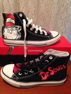 9497435527b Dr. Seuss Converse High Tops Size 3 Youth With Box Chuck Taylors Cat In the
