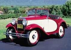 This American Austin Model A Roadster was part of the 1930-34 American Austin line.   A link: http://www.oldmotors.com/ftr-austin.htm
