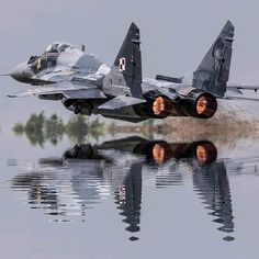Photo :Unknown 📸 Credit by 👌 Polish Air Force . Photo :Unknown 📸 Credit by Four Saab 37 Viggen fighters of the Swedish Air Force Canvas Art - Daniel KarlssonStocktrek Images x Ctto: fig. Jet Fighter Pilot, Air Fighter, Fighter Jets, Us Military Aircraft, Military Weapons, Airplane Fighter, Fighter Aircraft, Airplane Wallpaper, Aircraft Design
