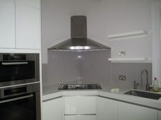 Easy steps to clean the cooker hood