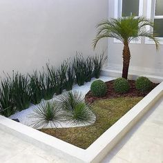 Front Yard Garden Design, Garden Landscape Design, Front Yard Landscaping, Outside Decorations, Garden Deco, Diy Garden Projects, Outdoor Gardens, Small Yard Pools, Rockery Garden
