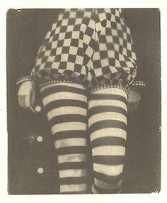 Vintage circus costume with checkers and stripes Clown Cirque, Art Du Cirque, Le Clown, Dark Circus, Circus Art, Circus Theme, Vintage Circus Performers, Vintage Circus Costume, Vintage Carnival