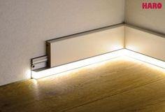 Mit diesen LED-Streifen sorgen Sie für ein ganz besonderes Wohnambiente. Mit den als Zubehör erhältlichen Befestigungsschienen wird der Leuchtstreifen an den Sockelleisten angebracht. Weißlicht selbstklebend inkl. Trafo und...