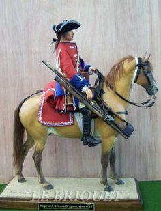 dragon du régiment d'Orléans, vers 1725, mannequins au 1/7 de maître Eugène Leliepvre (1908-2013)