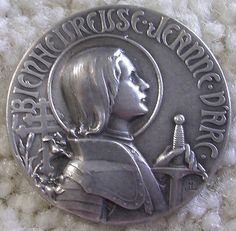 Ex rare Antique JOAN OF ARC Button - Blessed Joan of Arc ca.1909