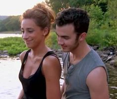 "Danielle Jonas and Kevin Jonas - ""Married to Jonas"""
