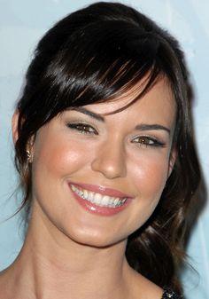 Odette Yustman - actriz estadounidense de ascendencia cubana y colombiana