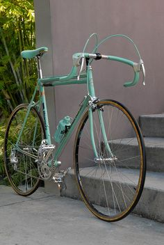 Bianchi - Road Bike - Ideas of Road Bike Classic Road Bike, Classic Bikes, Road Bikes, Cycling Bikes, Cycling Equipment, Cycling Art, Cycling Jerseys, Velo Vintage, Vintage Bicycles