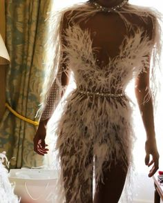 Image about fashion in F A S H I O N by vocy zwj: Discovered by Aჳεթδαйðжαηка✓. Find images and videos about fashion and dress on We Heart It - the app to get lost in what you love. Couture Fashion, Runway Fashion, High Fashion, Fashion Outfits, 90s Fashion, Style Fashion, Evening Dresses, Prom Dresses, Mode Inspiration