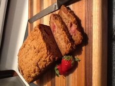 Strawberry Banana Bread with Cinnamon Streusel Crumb Topping