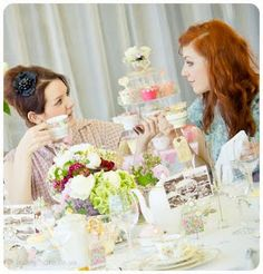 Vintage china hire and styling by Itsy Bitsy Vintage. Photo taken by Beanphoto at The Midland Hotel.