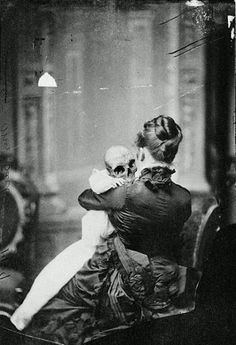 Scary, Haunting Vintage Pics from the Creepy Olden Days