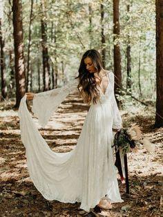 Boho Wedding Dress With Sleeves, Bohemian Wedding Dresses, Sexy Wedding Dresses, Elegant Dresses, Boho Wedding Dress Bohemian, Bohemian Weddings, Vintage Weddings, Wedding Vintage, Formal Dresses