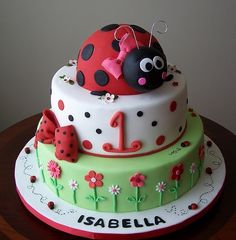 Ladybug cake - So want this for my babies first birthday cake. Fancy Cakes, Cute Cakes, Food Cakes, Fruit Cakes, Bolo Laura, Ladybug Cakes, Ladybug Party, Cake Pictures, Creative Cakes