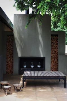 Idées & Suggestions Je suis au jardin.fr Atelier de paysage Createur de jardins * haard muur met nisjes voor hout *